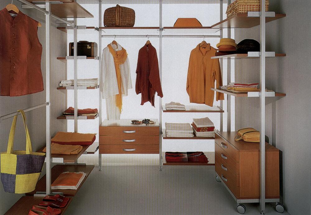 Обустройство гардеробной комнаты. фотографии интерьеров гард.